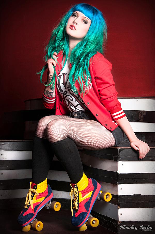 Vicky_Rollergirl_1_600